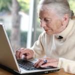 Computer-older-woman