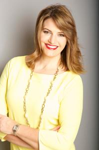 Sherry-Truhlar-Virginia-Auctioneer-Yellow-Dress-225X300